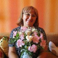 Валентина Гуторова (Кузьмичева)